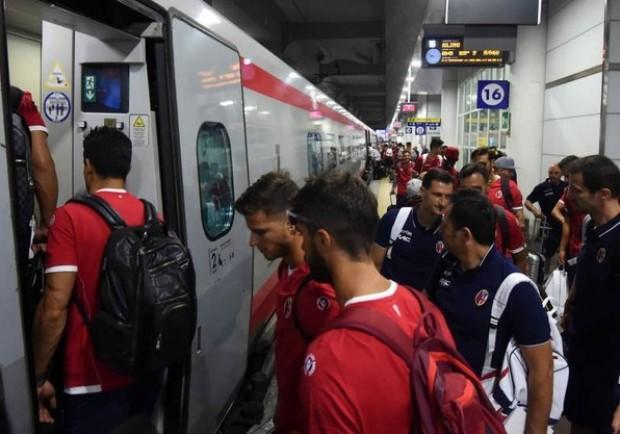 FOTO – In attesa dell'anticipo: il Bologna è in viaggio verso Napoli