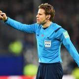 Napoli-Barcellona, arbitra Brych: l'UEFA sceglie lo stesso arbitro di Napoli-Liverpool
