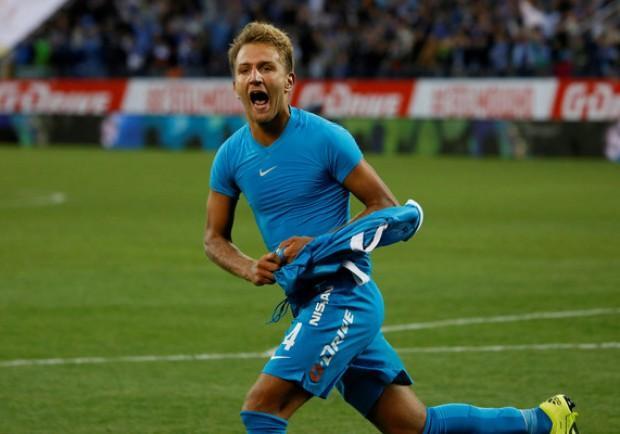"""Accostato al Napoli, l'agente di Criscito: """"Resta allo Zenit fino a fine contratto, non escludo il rinnovo"""""""