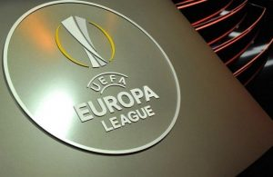 Europa League: RB Lipsia-Napoli, ecco la terna arbitrale: gara affidata a Taylor