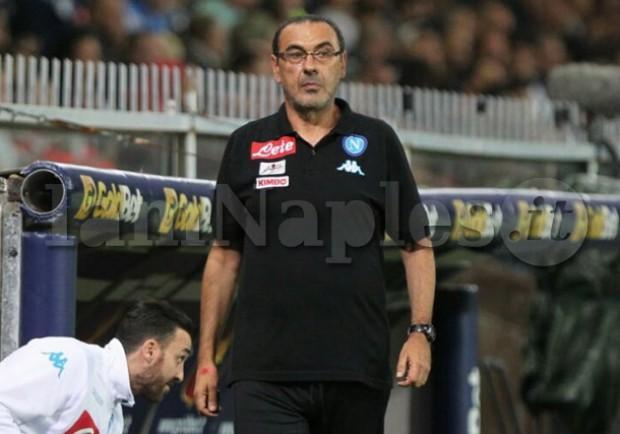 """Sarri: """"Sono tifoso del Napoli, la gente mi sente vicino. Scudetto? Mi tocco le palle"""""""