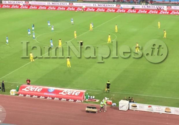 RILEGGI IL LIVE – Serie A, Napoli-Chievo 2-0 (23'Gabbiadini, 38'Hamsik): azzurri secondi in classifica