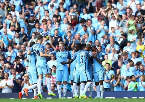 VIDEO IAMNAPLES.IT – Il Manchester City a Napoli, fischi per i Citizens: solo qualche applauso per Guardiola
