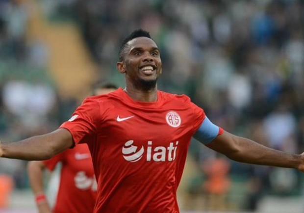 """Antalyaspor, caso Eto'o: """"Criticato perché nero"""". Il club lo mette fuori rosa"""