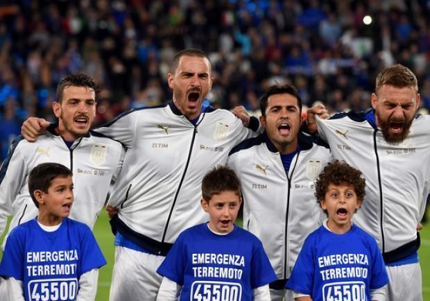 Italia-Spagna 1-1, De Rossi su rigore risponde a Vitolo. In panchina Gabbiadini, Callejon e Reina