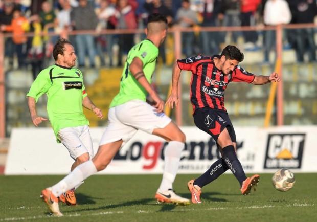 Serie C – Colpo della Casertana: espugnato il Massimino di Catania