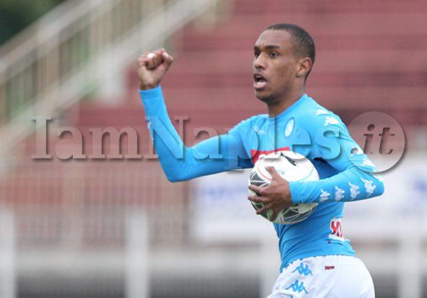 Napoli, due squadre di A su Leandrinho: la situazione