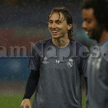 SKY – Milan-Modric, nessun veto del Real alla partenza. L'ostacolo è l'ingaggio
