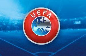 Divieto UEFA per il Napoli di indossare il lutto al braccio contro il Nizza: Il club e la stessa UEFA smentiscono l'indiscrezione