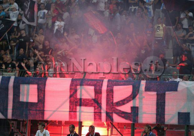 Gazzetta – Brutale aggressione ad uno steward, Daspo per 3 ultras del Napoli