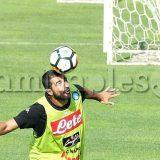 FOTO – Napoli-Chievo, indizi di formazione: Albiol e Milik si allenano a parte
