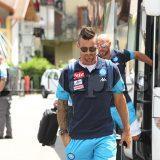 FOTO – Napoli, spavento per Maggio in allenamento: il terzino finisce k.o.