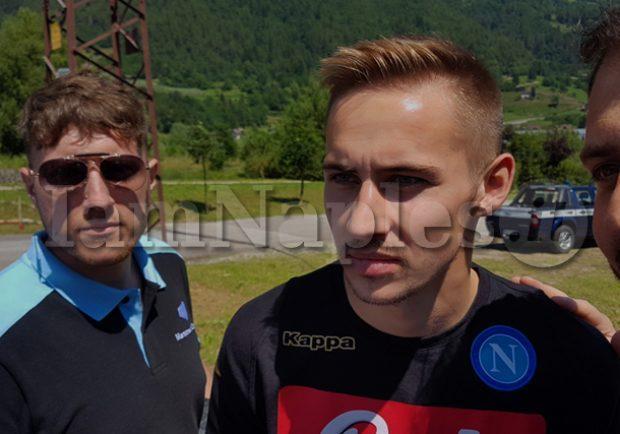 """Napoli, Rog: """"Preferisco giocare a centrocampo, mi alleno sempre al massimo per avere più opportunità"""""""