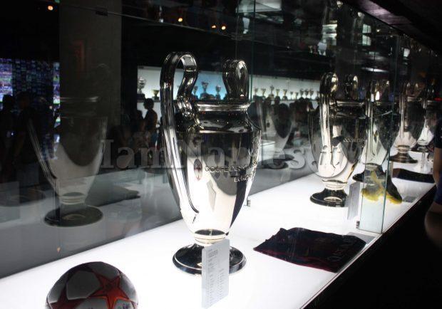 FOTO – Napoli, torna l'UEFA Champions League Trophy Tour: i dettagli