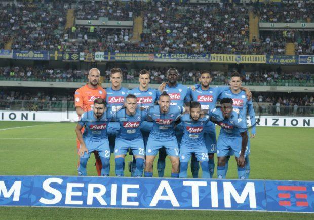 PHOTOGALLERY – Hellas Verona-Napoli, l'ingresso delle squadre sul terreno di gioco