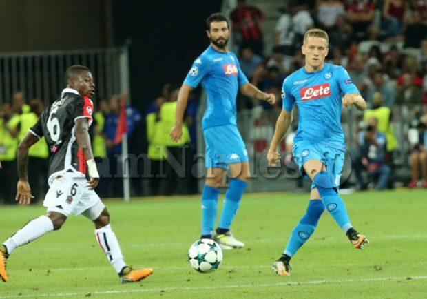 """FOTO – Zielinski carico per Lazio-Napoli: """"E' il match-day"""""""