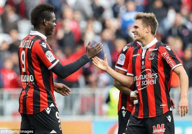 """Nizza, il difensore Souquet: """"Il Napoli è stato superiore, non siamo riusciti ad arginarli"""""""