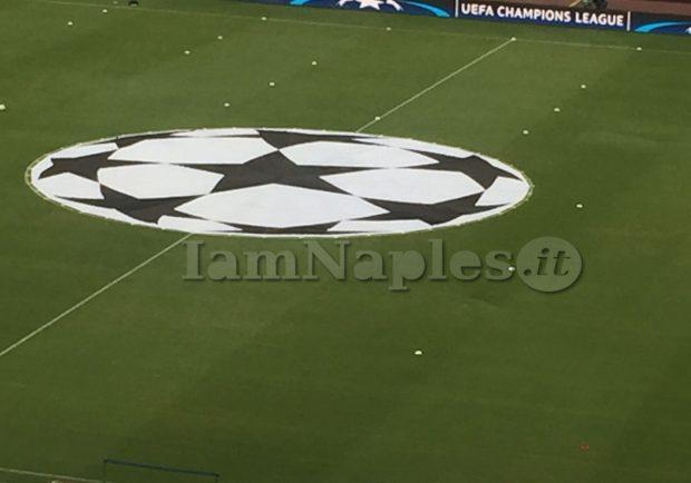 Champions, da lunedì 18 in vendita i biglietti per Napoli-Feyenoord: i prezzi