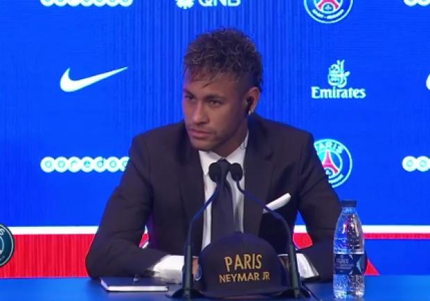 "Liga, il presidente Tebas: ""PSG e Neymar stanno urinando in piscina"""