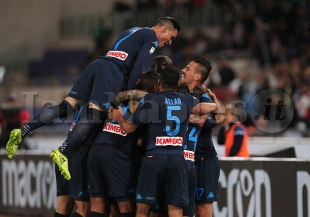 "FOTO – SSC Napoli: ""Bello bello bello bello: torniamo a casa """