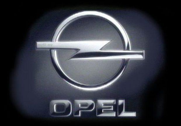 Ssc Napoli: Rinnovata la partnership con Opel, c'è uno sconto per i tifosi azzurri