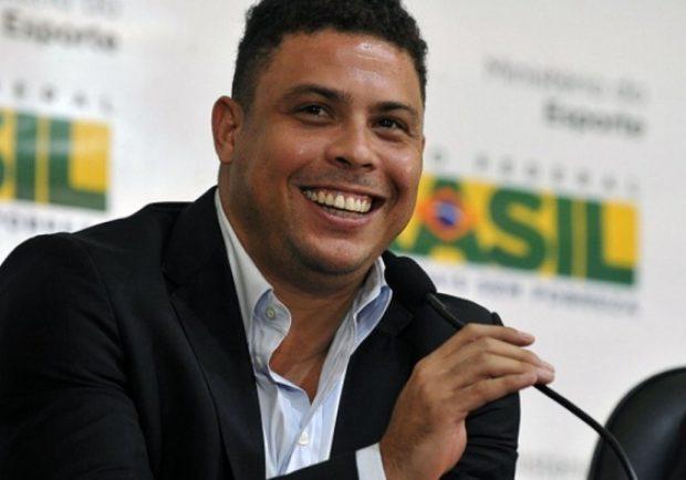 """FOTO – Ronaldo e il messaggio fenomenale che commuove il web: """"Ogni bambino merita di essere bambino e sognare"""""""