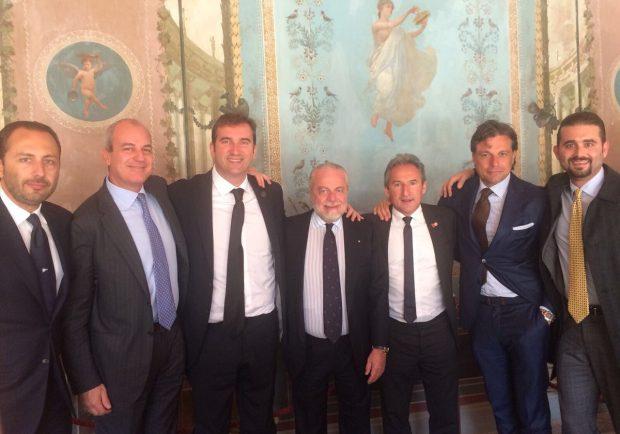 SSC Napoli, pranzo Uefa con il City: tutti i presenti. Clima cordiale a Villa Lauro