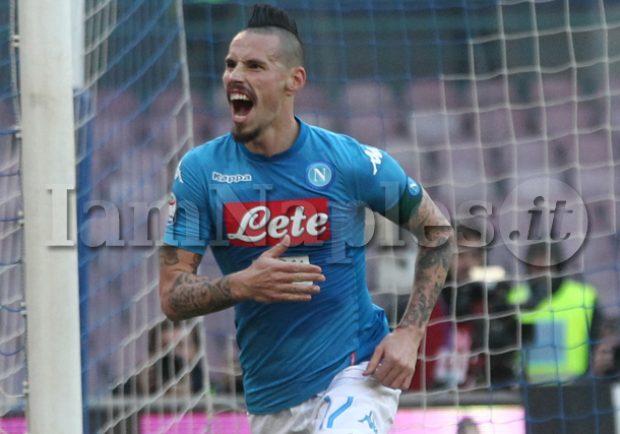 VIDEO – Crotone-Napoli 0-1, Hamsik porta in vantaggio gli azzurri!