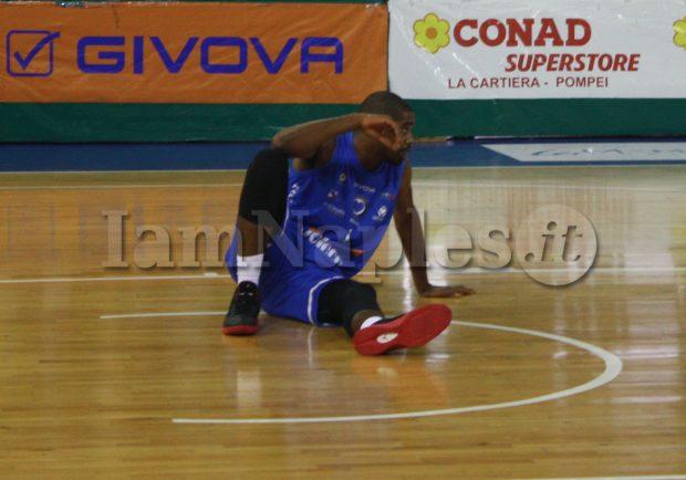 PHOTOGALLERY – Givova Scafati-Cuore Napoli Basket 88-63, rivivi il match attraverso gli scatti di IamNaples.it