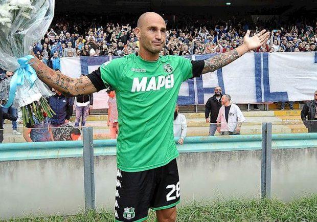 """Cannavaro lascia il calcio, Hamsik: """"Un onore prendere la tua fascia, grazie per tutto"""""""
