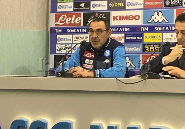"""Sarri: """"Non sapevamo nulla della sconfitta dell'Inter, l'esultanza è dovuta alla sofferenza per la partita"""""""