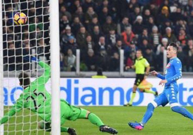 VIDEO – Momenti Azzurri: 28/02/2017, Juventus-Napoli 3-1, il doppio episodio Albiol-Cuadrado che fece infuriare gli azzurri
