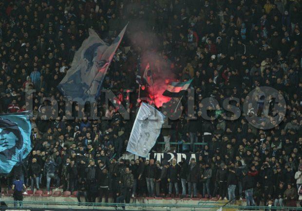 """Napoli-Atalanta, nonostante la sconfitta si canta """"Un giorno all'Improvviso"""""""