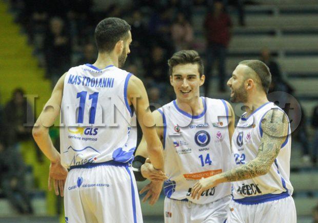 RILEGGI IL LIVE – Leonis Roma-Cuore Napoli Basket 69-54