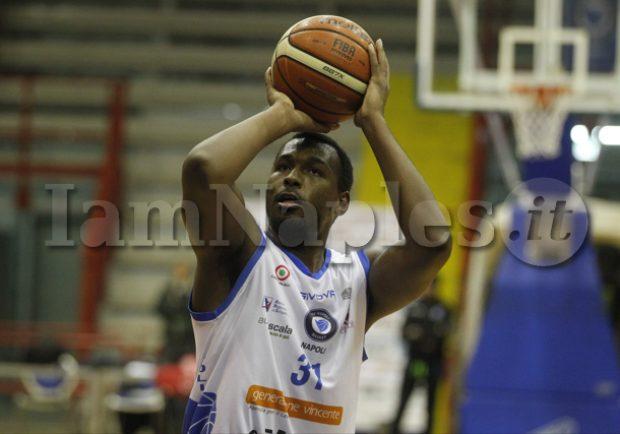 RILEGGI IL LIVE – Cuore Napoli Basket-Remer Treviglio: 80-100