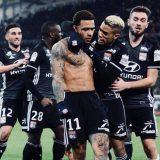 VIDEO – L'angolo della Ligue 1: il Lione batte al 90° il Marsiglia e riapre la corsa al terzo posto, altri tre punti all'Allianz Riviera per il PSG