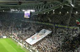 Repubblica – Vergogna allo Stadium, gli ultras della Juve scavalcano per avvicinarsi agli ospiti vip del Napoli e le mogli degli azzurri