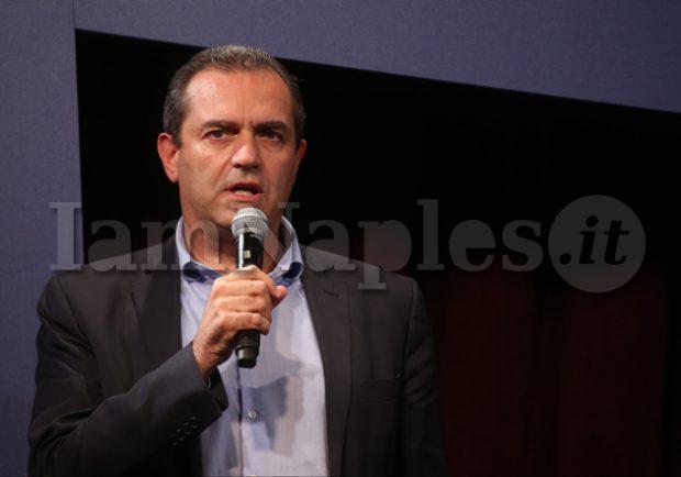 """De Magistris ritorna su Sarri: """"Forte contraddizione andare alla Juve, aveva raccontato un'altra storia"""""""""""
