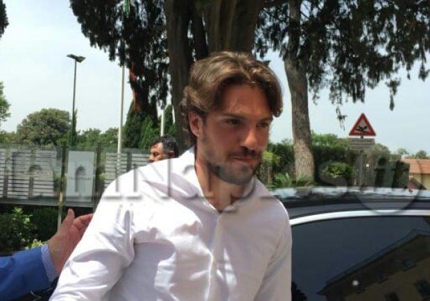 FOTO – Napoli, Verdi è arrivato a Villa Stuart per le visite mediche