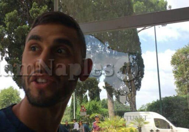 """Terminate le visite mediche di Ghoulam, la SSC Napoli: """"Sta benissimo"""""""