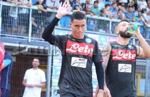 Ieri negato un rigore al Napoli: solo Callejon a protestare sul mani di Rodic e l'arbitro non fischia