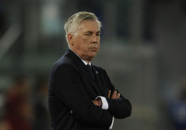 FOTO – Il Napoli lancia una splendida iniziativa per la conferenza di Ancelotti: il tecnico risponderà a tre domande provenienti dai social