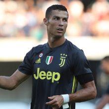 Juventus-Valencia, ecco gli undici iniziali: Ronaldo sfida l'ex Neto