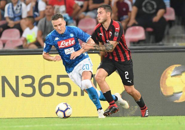 Zielinski raggiunge le 100 presenze in azzurro: Il Napoli celebra il suo traguardo sui social