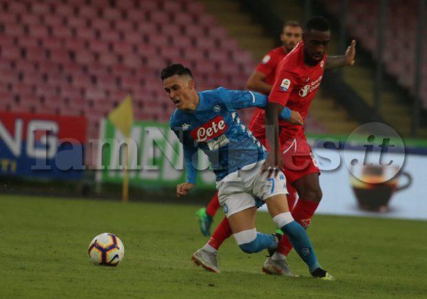 """Continua l'asta benefica """"Stelle Nello Sport"""": in vendita le maglie autografate di CR7 e Callejon"""