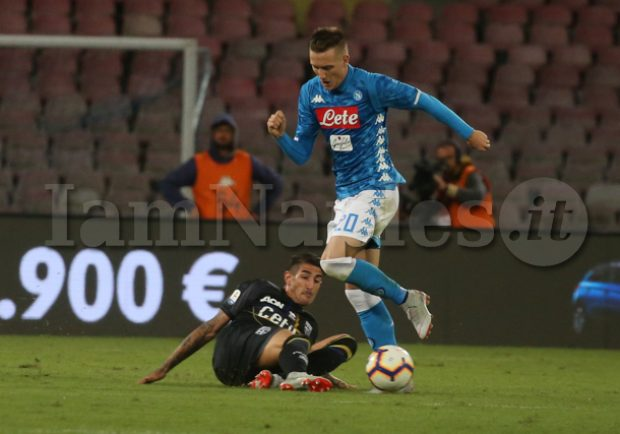 SKY – Genoa-Napoli, Zielinski e Milik pronti a rientrare dal primo minuto, attenzione ad Ounas