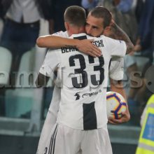 """The Sun duro su Bonucci: """"Vergognoso…. si rotola per far annullare il gol """""""