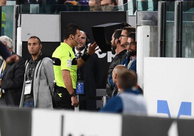 Dall'Inghilterra: l'UEFA potrebbe anticipare l'inserimento del VAR in Champions