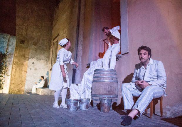 La città degli Altri: spettacolo itinerante di NarteA all'Archivio Storico del Banco di Napoli