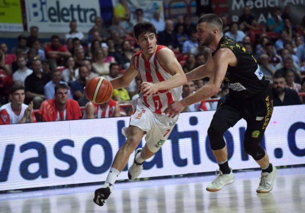 Napoli Basket, è fatta per l'argentino Chiera. Si lavora per il centro